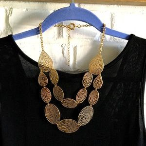 Bancroft Dante cut out metal oval layered necklace
